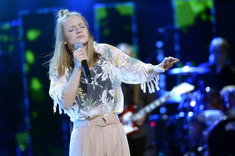 """Grupa Moa z piosenką """"Ile udźwignie niebo"""" wygrała opolską Karolinkę - nagrodę w koncercie Debiuty."""