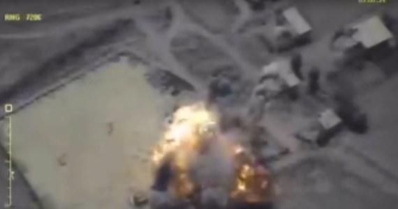 Rosyjskie lotnictwo dokonało ataku na wschodzie Syrii na pozycje Syryjskich Sił Demokratycznych (SDF), wspieranych przez USA - oświadczył Pentagon, potwierdzając wcześniejsze informacje SDF. Rosja dementuje te doniesienia.