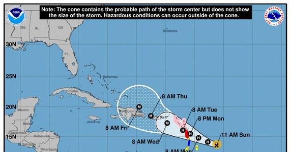 Francuskie władze wydały ostrzeżenie przed huraganem Maria, który w poniedziałek wieczorem albo we wtorek ma uderzyć w należące do Francji wyspy Gwadelupa i Martynika na karaibskich Małych Antylach. Wyspy te wcześniej zostały już zdewastowane przez huragan Irma.