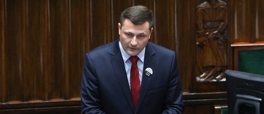 Poseł Polskiego Stronnictwa Ludowego Krzysztof Paszyk najprawdopodobniej zastąpi Andżelikę Możdżanowską w komisji śledczej ds. Amber Gold. To jest naturalny kandydat Stronnictwa - podkreślił w rozmowie z Polską Agencją Prasową jeden z czołowych posłów PSL.