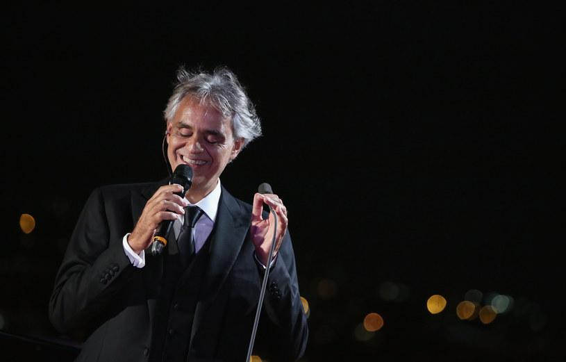 """We Florencji odbyła się światowa premiera filmu fabularnego o tenorze Andrei Bocellim. """"Muzyka ciszy"""" w reżyserii Michaela Radforda to adaptacja książki śpiewaka pod tym samym tytułem. Jej bohaterem alter ego muzyka - Amos Bardi."""