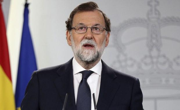 Premier Hiszpanii Mariano Rajoy wezwał regionalnych przywódców Katalonii do rezygnacji z planowanego referendum w sprawie jej niepodległości, które jego zdaniem oznaczałoby złamanie obowiązującego prawa.