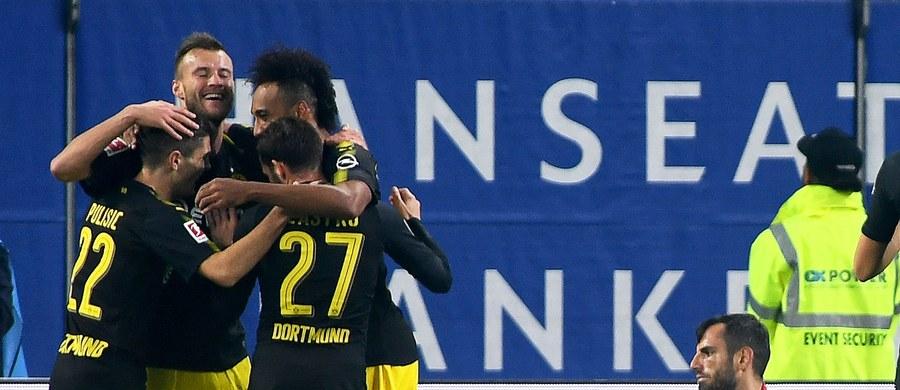 Tylko jeden dzień na fotelu lidera Bundesligi zasiadali piłkarze Bayernu Monachium. W środę na prowadzenie wróciła Borussia Dortmund, która na wyjeździe pokonała Hamburger SV 3:0. Cały mecz w zwycięskiej drużynie rozegrał Łukasz Piszczek.
