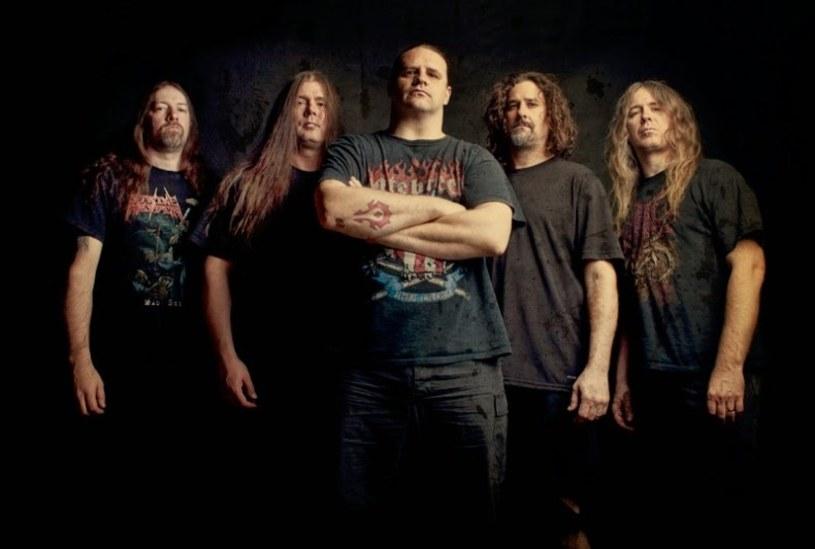 """Fani death metalu mogą się już zapoznać z """"Code Of The Slashers"""", nowym utworem Cannibal Corpse."""