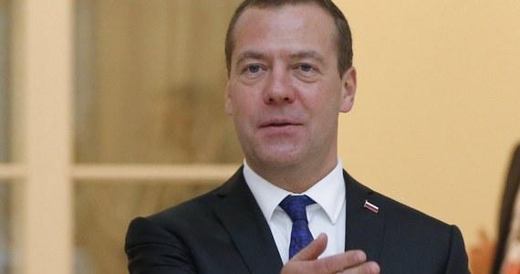 """Premier Rosji Dmitrij Miedwiediew zarzucił Stanom Zjednoczonym, że """"chcą pogrzebać"""" projekt gazociągu Nord Stream 2. Skrytykował też postawę Komisji Europejskiej w sprawie gazociągu i ocenił, że Finlandia zajmuje konstruktywne stanowisko."""