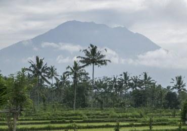 Obawy przed potężną erupcją wulkanu. Rośnie liczba ewakuowanych osób