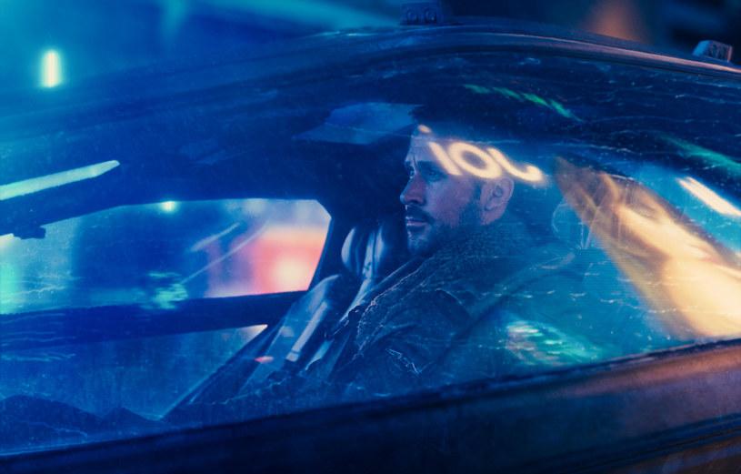 """Na polską, kinową premierę filmu """"Blade Runner 2049"""" Denisa Villeneuve'a musimy poczekać do 6 października, ale pierwsze reakcje zagranicznych krytyków są więcej niż pozytywne."""