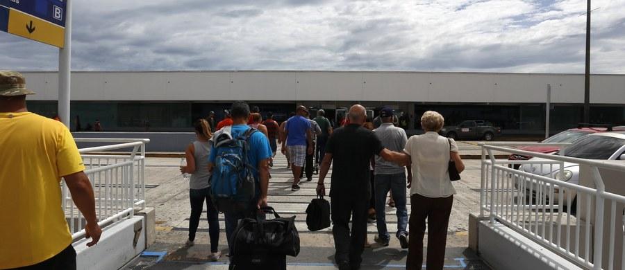 Problemy z funkcjonowaniem oprogramowania służącego do odprawy pasażerów i bagażu zakłóciły w czwartek odprawę na różnych lotniskach świata, w tym w Paryżu, Zurychu i Frankfurcie - podała telewizja CNN dodając, że usterka została naprawiona. Amerykańska stacja telewizyjna powołuje się na informacje portów lotniczych i przewoźników.