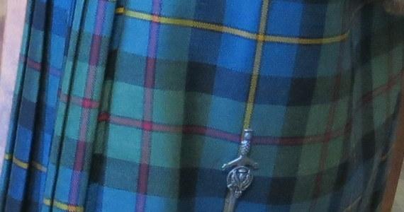 Czterometrowy kupon szkockiej kraty, zaprojektowanej dla Krakowa i utkanej w szkockiej tkalni, wręczy w niedzielę prezydentowi Krakowa Jackowi Majchrowskiemu Lord Provost Edynburga Frank Ross. Uroczystość odbędzie się w ramach weekendowego Festiwalu Szkockiej Kraty w Krakowie.
