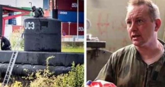 Makabryczna zawartość komputera duńskiego wynalazcy Petera Madsena, podejrzanego o zamordowanie szwedzkiej dziennikarki Kim Wall. Śledczy ujawnili, że na dyskach znaleziono autentyczne nagrania tortur oraz zabójstw. Ten fakt oraz obrażenia Wall utwierdzają śledczych w przekonaniu, że kobieta nie zginęła w wyniku nieszczęśliwego wypadku, jak cały czas utrzymuje Madsen.