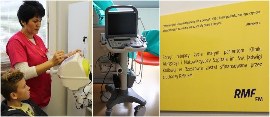 Specjalna Loteria RMF pomogła klinice w Rzeszowie. To dzięki Wam - słuchaczom, którzy wzięli udział w naszej loterii Szczęśliwa 13! - mogliśmy dziś przekazać nowoczesną aparaturę do diagnostyki chorób płuc Klinice Alergologii i Mukowiscydozy szpitala Św. Jadwigi Królowej w Rzeszowie. Dzięki niemu możliwa będzie lepsza ocena stanu układu oddechowego u maluchów.