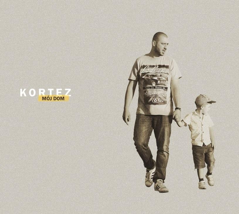 """3 listopada ukaże się druga płyta Korteza - """"Mój dom"""". """"To obrazowa, osadzona w czterech ścianach i 9 aktach historia rozpadu związku"""" - mówi wokalista."""