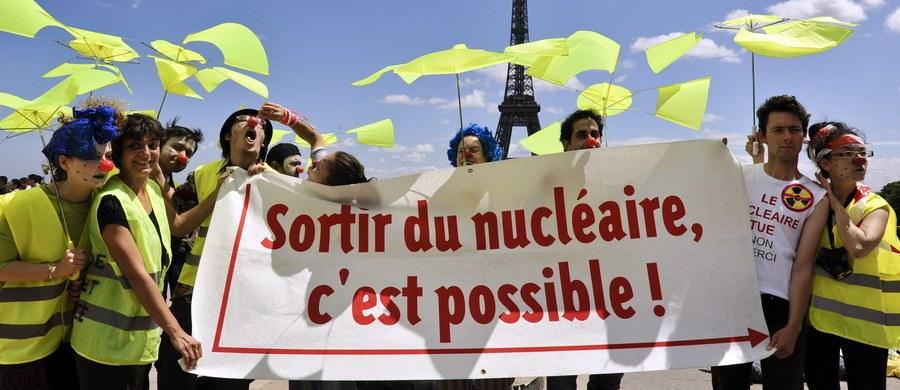 """Tegoroczna Pokojowa Nagroda Nobla została przyznana Międzynarodowej Kampanii na rzecz Zniesienia Broni Nuklearnej (ICAN). To pozarządowa organizacja, w której skład wchodzą przedstawiciele około stu krajów. Norweski Komitet Noblowski wyróżnił ICAN  za """"pracę w kierunku wskazywania katastrofalnych konsekwencji humanitarnych stosowania broni jądrowej""""."""