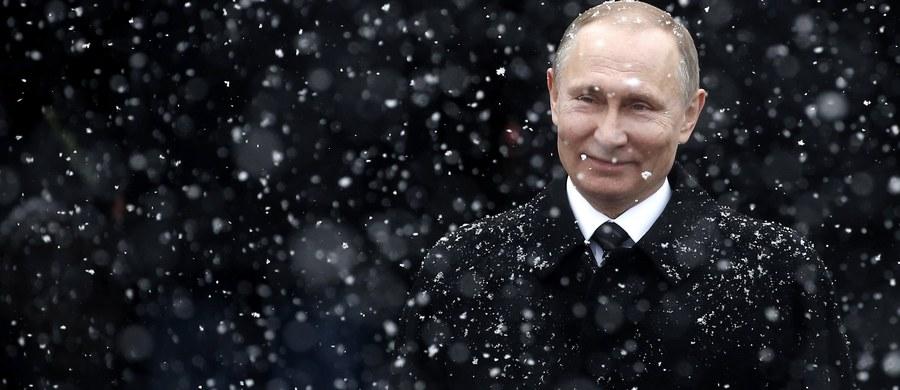 Prezydent Rosji Władimir Putin zezwolił zagranicznym żołnierzom uczestniczyć w rosyjskich operacjach wojskowych za granicą. Odpowiedni dekret opublikowano na oficjalnym portalu prawnym.