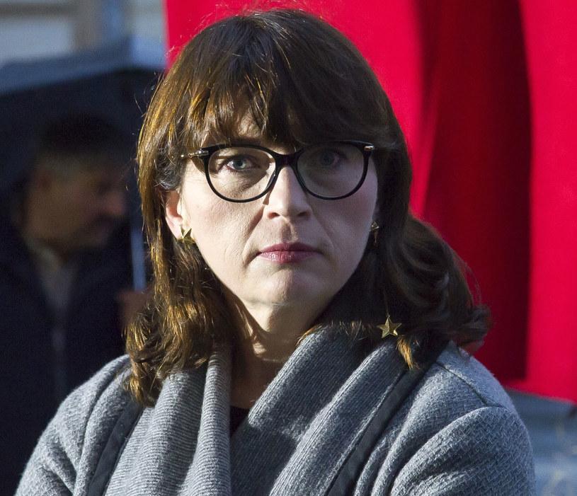 - Magdalena Sroka przestanie być szefową PISF wtedy, kiedy skutecznie zostanie o tym poinformowana - powiedział we wtorek wiceminister kultury Paweł Lewandowski. Dodał, że dyrektor jest na zwolnieniu lekarskim, a do pracy powinna wrócić 16 października, i wtedy otrzyma pismo o odwołaniu.