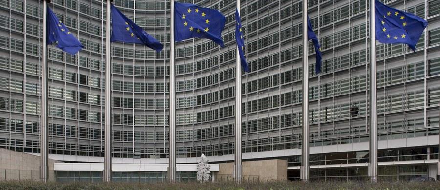 Komisja zatrudnienia i spraw socjalnych Parlamentu Europejskiego przegłosowała w poniedziałek poprawki do nowelizacji unijnej dyrektywy o pracownikach delegowanych. Propozycja dyrektywy jest niekorzystna z punktu widzenia interesów gospodarczych Polski.