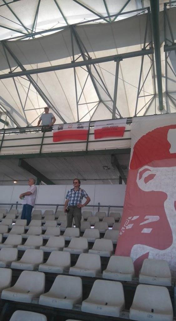 foto. Marta Witecka, pomysłodawczyni uszycia flagi