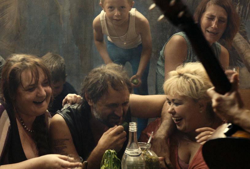 """To """"metafora kraju, w którym ludzie nieustannie zadają sobie nawzajem gwałt"""" - mówi Siergiej Łoznitsa o swoim najnowszym filmie """"Łagodna"""". Obraz trafi na ekrany kin 27 października."""