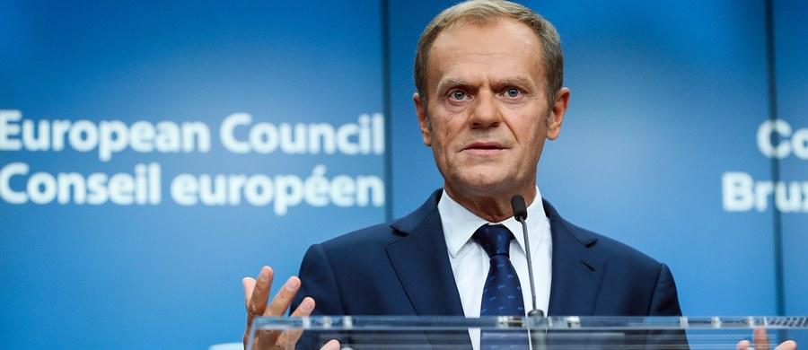 Osiągnęliśmy postęp w negocjacjach z Wielką Brytanią dotyczących Brexitu - poinformował na konferencji prasowej po szczycie UE szef Rady Europejskiej Donald Tusk. Dodał, że ma nadzieję na rozpoczęcie kolejnej fazy negocjacji w grudniu.