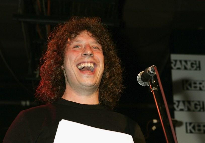 Walijski zespół Stereophonics pod koniec października wyda swój 10. album studyjny. Jedną z piosenek muzycy zadedykowali tragicznie zmarłemu Stuartowi Cable'owi, wieloletniemu perkusiście formacji.