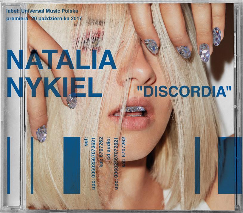"""""""Discordia"""" pokazuje, że sukces Natalii Nykiel to nie jakiś """"Error"""" w systemie - tu faktycznie mamy do czynienia z piosenkarką z pomysłem na siebie i swoją muzykę. Szkoda więc, że artystka zaledwie sygnalizuje potencjał do tworzenia rzeczy wielkich."""