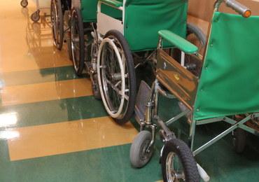 Zostawiła niepełnosprawne dziecko bez opieki. 8-latek zmarł po upadku z łóżka