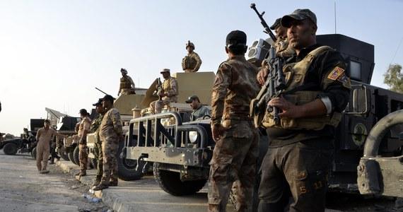 Armia iracka rozpoczęła nad ranem ofensywę mającą na celu odbicie z rąk dżihadystów z Państwa Islamskiego miast Rawa i al-Kaim, położonych na zachodzie kraju przy granicy z Syrią - poinformowała telewizja al-Arabija. To jedne z ostatnich miast irackich pozostających jeszcze pod kontrolą ISIS.