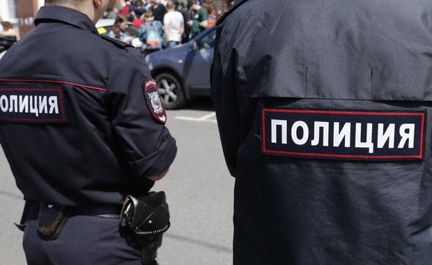 W podmoskiewskiej miejscowości Chimki policja zatrzymała mężczyznę podejrzanego o zamordowanie dwóch kobiet. Według informacji medialnych, sprawca zmielił ich ciała i nakarmił nimi psy.