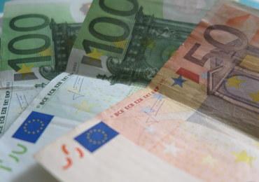 """""""Spiegel"""": Nadwyżka w budżecie 2017 może wynieść 14 mld euro"""
