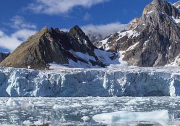 Odnaleziono szczątki rosyjskiego śmigłowca zaginionego w Arktyce