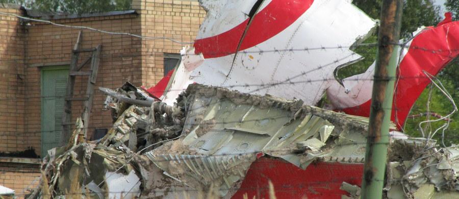 """Na wiosnę opublikujemy raport wskazujący przyczyny katastrofy smoleńskiej - mówi w wywiadzie dla """"Rzeczpospolitej"""" minister obrony narodowej Antoni Macierewicz."""