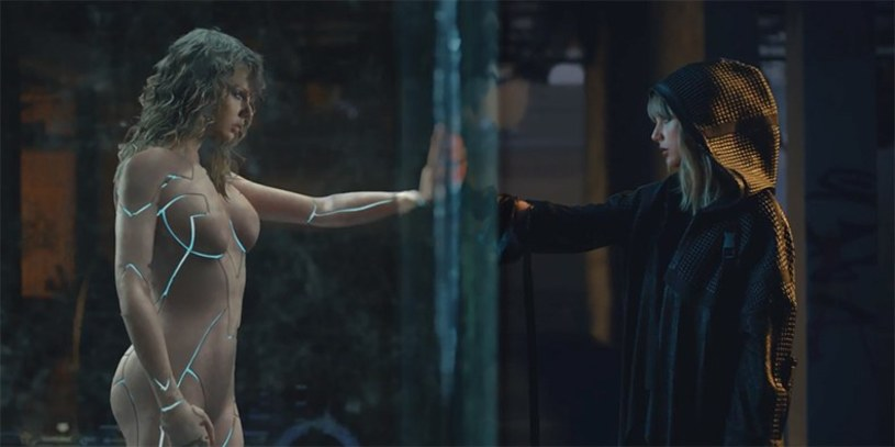 """Kilka dni po premierze klipu """"Ready For It?"""" Taylor Swift podzieliła się zdjęciami zza kulis teledysku. Tym samym ucięła spekulacje na temat występowania w nim nago."""