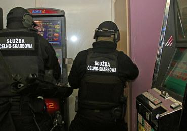 Automaty do gier warte pół miliona złotych. KAS uderza w nielegalny hazard