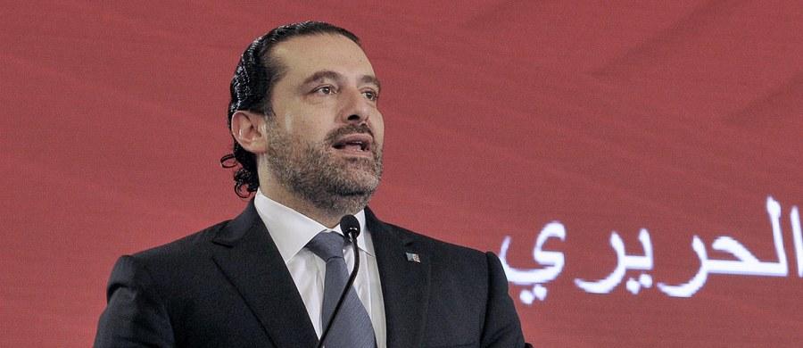 Premier Libanu Saad Hariri ogłosił, ku ogólnemu zdziwieniu, swoją dymisję. Oskarżył także szyicki Hezbollah i jego irańskiego sojusznika o sianie chaosu w całym regionie. Twierdzi także, że obawia się o swoje życie.