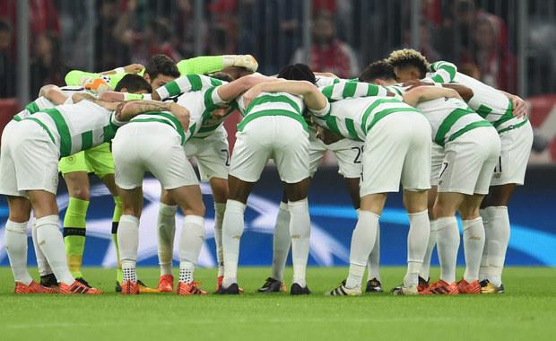 Celtic Glasgow pokonał w sobotę w wyjazdowym meczu ligowym St. Johnstone 4:0 i przedłużył do 63. serię spotkań bez porażki we wszystkich krajowych rozgrywkach piłkarskich. Poprawił tym samym własny rekord Wysp Brytyjskich sprzed stu lat.