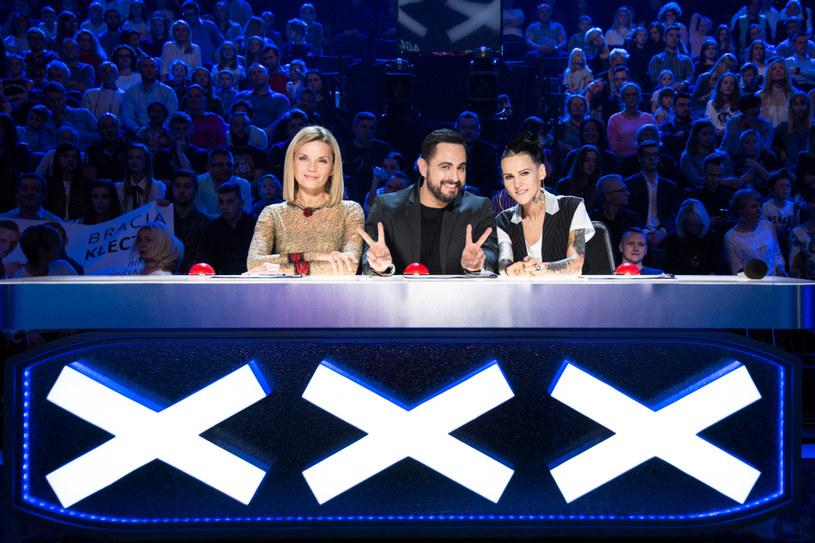 """Drugi półfinałowy odcinek dziesiątej edycji """"Mam talent"""" okazał się szczęśliwy dla Piotra Deniusika i Magdaleny Andres. To właśnie ich zobaczymy w finale programu."""