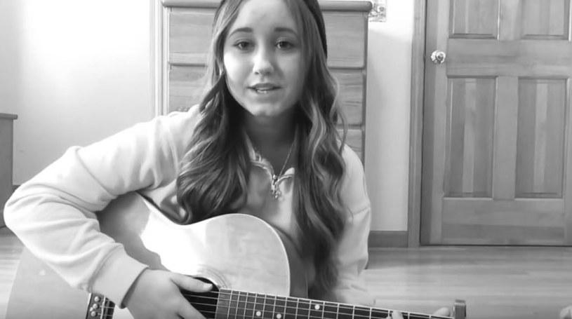 16-letnia vlogerka i początkująca wokalistka, Hannah Stone, zmarła 3 listopada w szpitalu w Nowym Jorku.