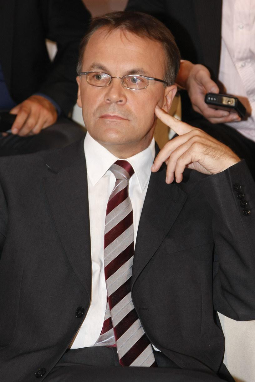 Do końca listopada powinien zostać wyłoniony nowy dyrektor Polskiego Instytutu Sztuki Filmowej - powiedział w poniedziałek, 6 listopada, w TVN24 wiceminister kultury i dziedzictwa narodowego Jarosław Sellin.