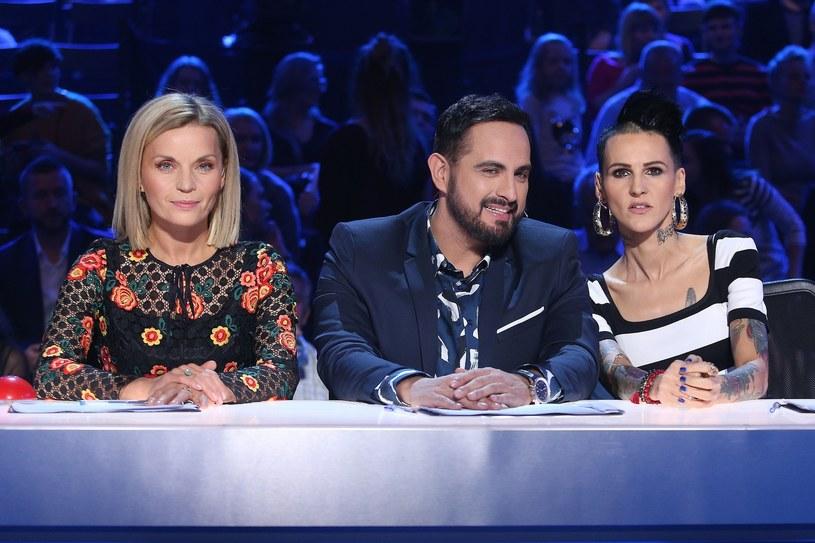 """W sobotę, 4 listopada, wyemitowano drugi półfinałowy odcinek dziesiątej edycji """"Mam talent"""", w którym zwycięzcami zostali Piotr Deniusik oraz Magdalena Andres. Ta ostatnia zachwyciła w utworze """"I'd Rather Go Blind"""" Etty James."""