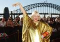 Sia: Próbowali sprzedać jej nagie zdjęcie. Opublikowała je w sieci, a fani oszaleli