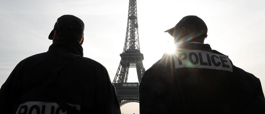"""Dziesięć osób, obywateli m.in. Szwajcarii i Kolumbii, zatrzymano w ramach operacji antyterrorystycznej we Francji i w Szwajcarii - podaje AFP. Według szwajcarskiej prokuratury zatrzymani złamali """"zakaz działalności dla Państwa Islamskiego i Al-Kaidy""""."""