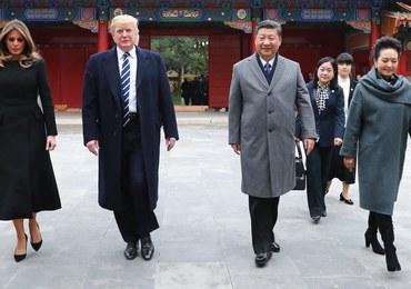 Bardzo owocna wizyta Trumpa. Firmy z Chin i USA zawarły kontrakty warte 250 mld dolarów