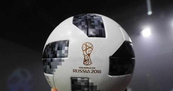 Telstar 18 - tak nazywać się będzie oficjalna piłka przyszłorocznych mistrzostw świata. To nawiązanie do historii. To hołd dla pierwszej dedykowanej mundialowi piłki adidas Telstar z 1970 roku.