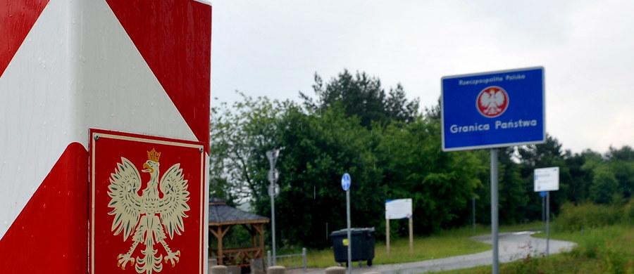 Nazwy zagranicznych miast na znakach drogowych w naszym kraju mają być pisane po polsku. Taki obowiązek wprowadza opublikowany właśnie projekt rozporządzenia resortu infrastruktury i budownictwa.