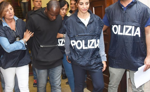 Karę 16 lat więzienia wymierzył sąd w Rimini Kongijczykowi Guerlinowi Butungu, skazanemu za napaść na dwoje polskich turystów, w tym za gwałt na młodej kobiecie oraz inne napady i rozboje, dokonane w tym mieście w sierpniu tego roku. Prokurator żądał kary 12 lat i 4 miesięcy więzienia w przypadku uznania ciągu tych wszystkich przestępstw i 14,5 roku, gdyby go nie stwierdzono. Imigrant z Konga był sądzony osobno, gdyż trzej pozostali sprawcy napaści to nieletni w wieku od 15 do 17 lat.