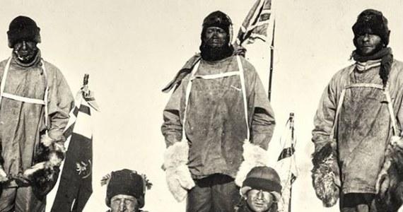 W tym tygodniu na akcję wystawione zostanie zdjęcie przedstawiające kapitana Roberta Falcona Scotta w towarzystwie czterech kolegów. Pozują do fotografii po dotarciu na Biegun Południowy 17 stycznia 1912 roku. Są przemęczeniu, zmarznięci i najwyraźniej zrezygnowani. Nie wiedzą jednak, że najgorsze dopiero nadejdzie.
