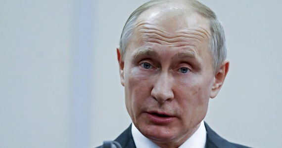 """Władimir Putin ostatecznie zdecydował o starcie w kolejnych wyborach prezydenckich - informuje gazeta """"RBK Daily"""". Chociaż nikt nie wątpił, że Putin wystartuje i wygra, to Putin dotąd jasno nie powiedział, że ponownie chce być prezydentem. Będzie to już czwarta kadencja obecnego prezydenta Rosji."""