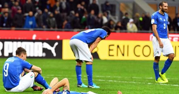 Piłkarska reprezentacja Włoch nie zagra w przyszłorocznych mistrzostwach świata! W barażu o awans na mundial ekipę Azzurrich niespodziewanie wyeliminowali Szwedzi. Rosyjski turniej będzie dopiero trzecim w historii, na którym Włosi nie wystąpią.