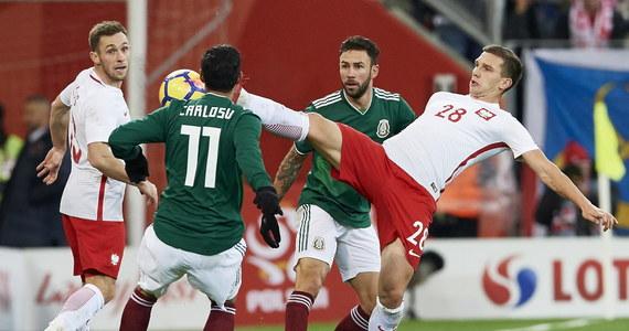 Reprezentacja Polski przegrała na stadionie Energa w Gdańsku z reprezentacją Meksyku 0:1. Jedyną bramkę w tym spotkaniu zdobył w 13. minucie Raul Jimenez. To szósta porażka narodowej drużyny (uwzględniając 90 minut gry) za kadencji Adama Nawałki, a czwarta w meczu sparingowym. Był to także ostatni mecz naszej reprezentacji w tym roku kalendarzowym.