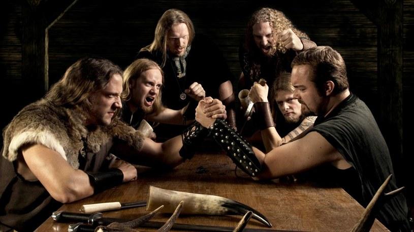 Pagan/folkmetalowa grupa Heidevolk z Holandii ujawniła pierwsze szczegóły premiery nowego albumu.